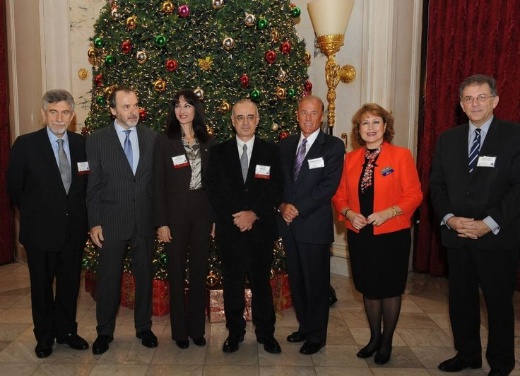 Kountoura Invites International Investors to Do Business in Greece