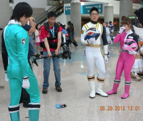 Unmasked Power Rangers at Anime Expo 2012 by trivto