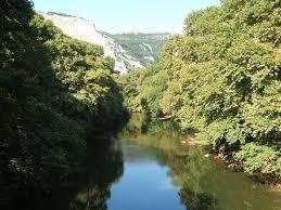 Nyaraljon ön is a szépséges Hellász tájain.  http://fizetovendeg.travelgate.hu/gorogorszag/-/kamena-vourla/hellasz-tajain/597717519