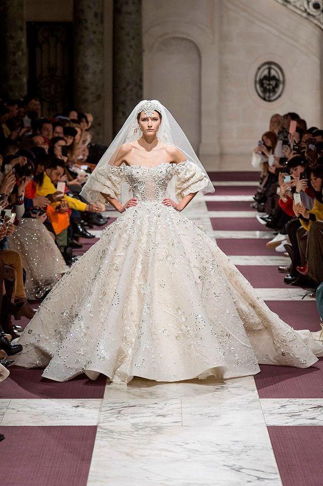 pas de taxe de vente couleurs et frappant fournir un grand choix de Découvrez les plus belles robes de mariées du monde ...