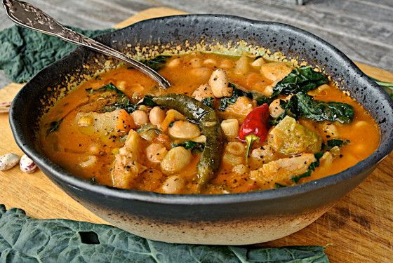 Minestrone con Cavolo Nero, (Tuscan Kale Vegetable Soup) Super food in abowl!