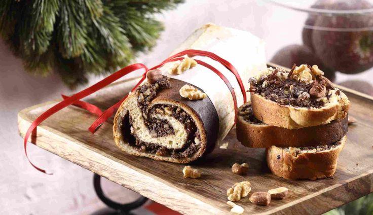 Makowiec to ciasto, które powinno znaleźć się na każdym świątecznym stole. Według polskiej tradycji spożywanie maku w wigilię Bożego Narodzenia zapewnia szczęście i urodzaj. Zapoznaj się z przepisem na makowiec w 4 krokach.