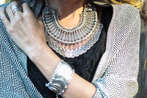 https://www.etsy.com/fr/listing/211949698/collier-monnaie-turque-o-accessoire?ref=shop_home_active_4