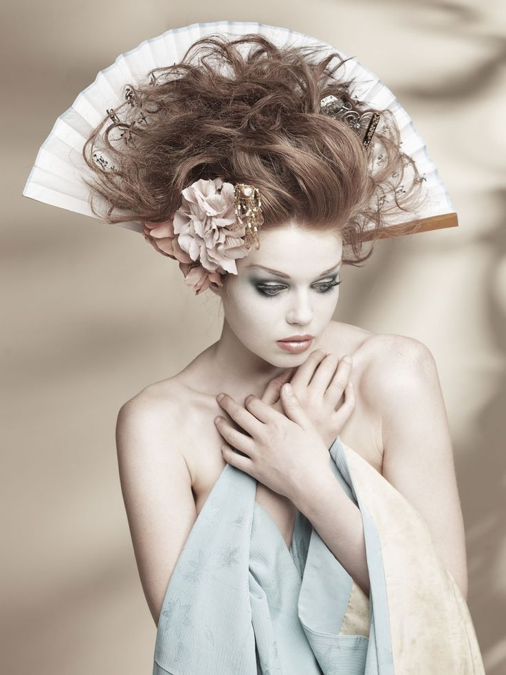 Geisha: Kelly Rhianna by Peter Coulson