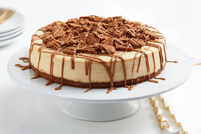 Cookie batter cheesecake? Nope, that's Cookie Butter Cheesecake—made with speculoos cookie butter, a yummy spreadable cookie paste.