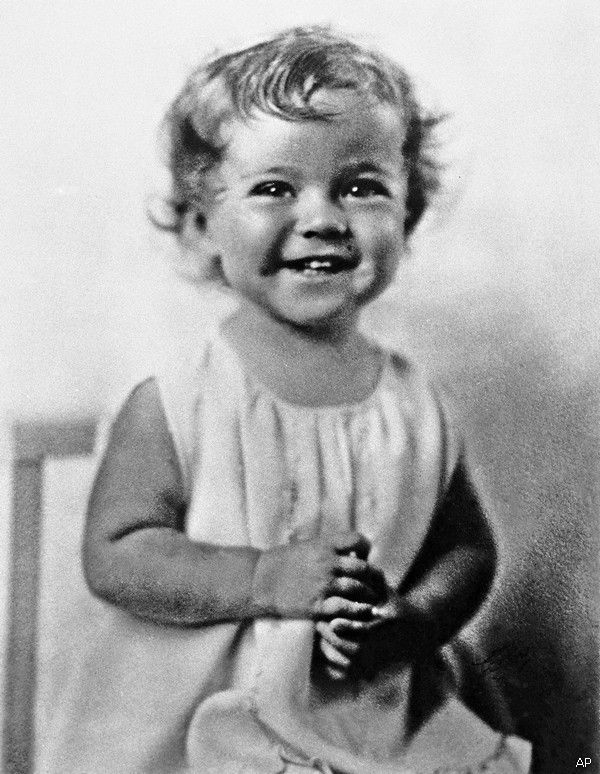 Remembering Shirley Temple: 18 Images of a Child Star and Diplomat