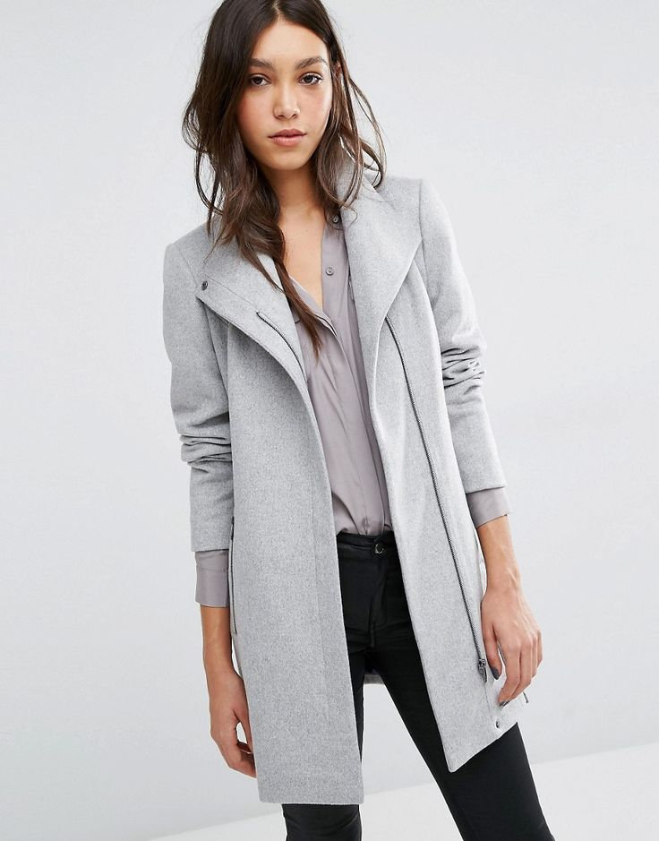 Abrigo de lana con cuello alzado y cinturón de Vero Moda