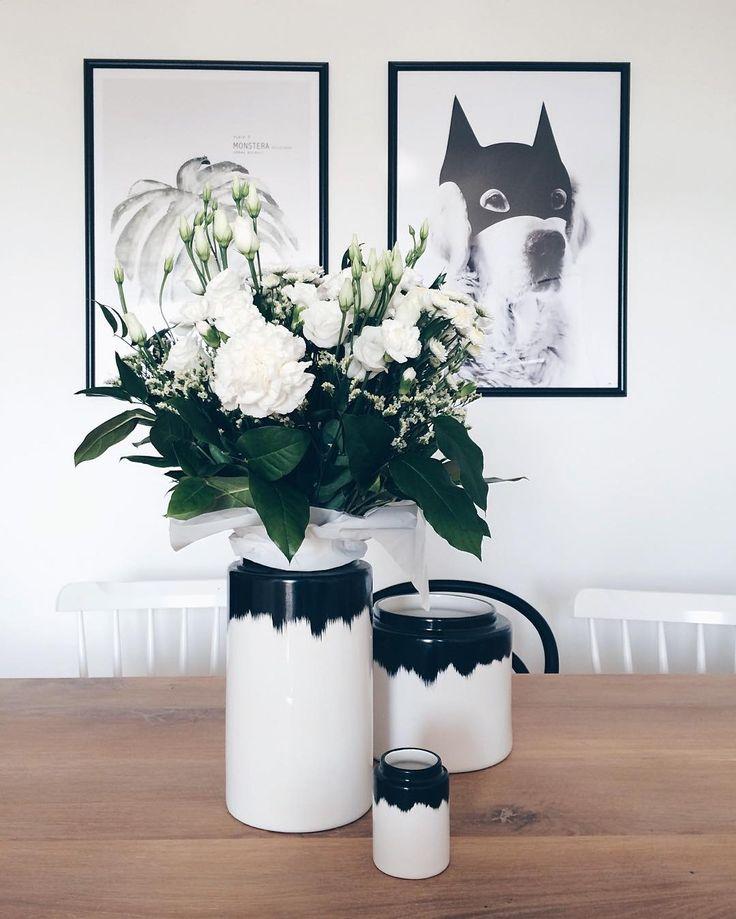 White. Flowers. // with love. Friday! Have a beautiful day!  Białe kwiaty - uwielbiam. No i mamy piątek! Udanego dnia :) by scraperka
