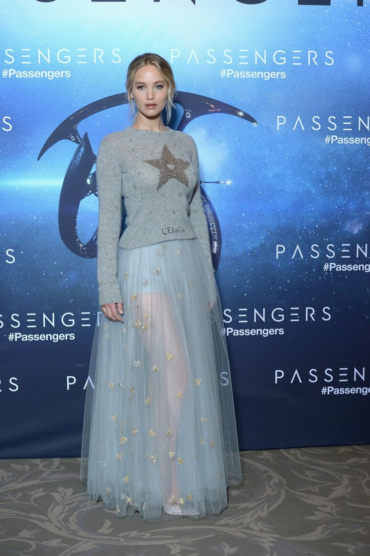 Jennifer Lawrence Returns to the Red Carpet With a Princess-Worthy Fashion Moment