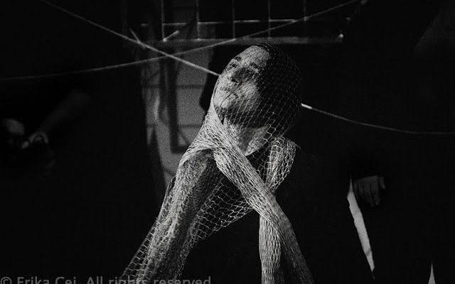 Di segni e passaggi, spettacolo di Oltre quella sedia, nel giorno della memoria Di segni e passaggi è uno spettacolo di Oltre quella sedia che affronta un capitolo molto triste nella storia europea: il programma di eutanasia condotto dai nazisti tra il 1939 e il 1941. #disabilità #memoria