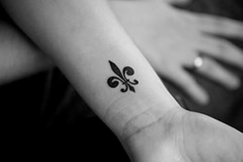 fleur de lis | Tumblr
