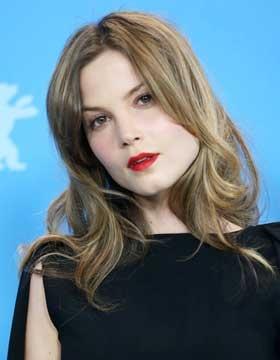 Hairstyles Seen at the Berlinale: Sylvia Hoeks