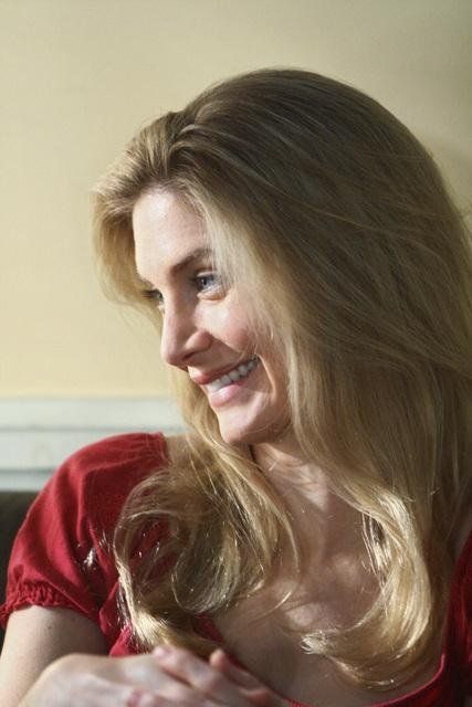 Still of Elizabeth Mitchell in Lost