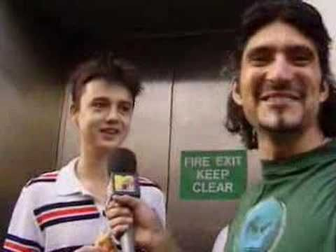 Peter Doherty queues for Oasis album  He is adorable