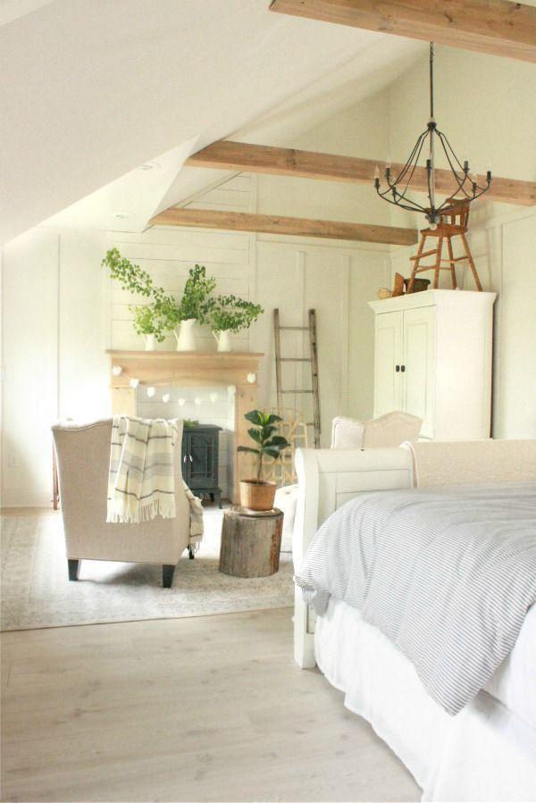 Farmhouse chic bedroom