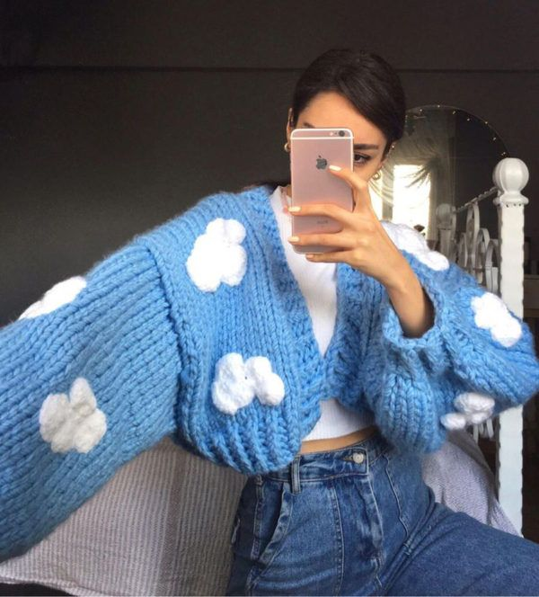 Ugly Sweaters para perfeccionar tu look aesthetic Mode Crochet, Diy Crochet, Crochet Tops, Crochet Crafts, Sewing Clothes, Crochet Clothes, Clothes Patterns, Mode Outfits, Fashion Outfits