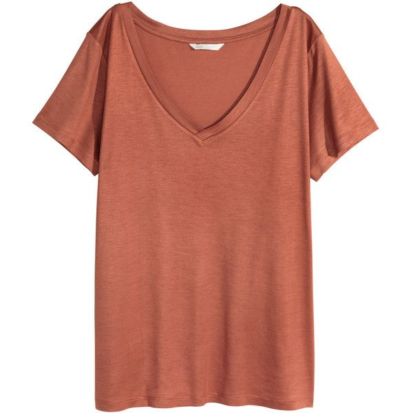 V-Shirt 9,99 ($4.99) ❤ liked on Polyvore featuring tops, red top, red shirt, red jersey, h&m tops and shirt tops