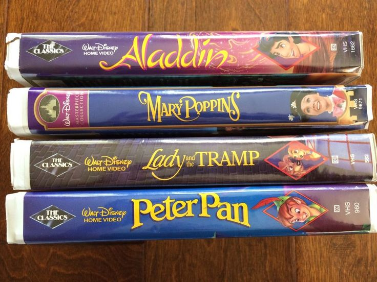 Walt Disney Classics Black Diamond Lot Of 4 VHS Aladdin peter pan mary poppins