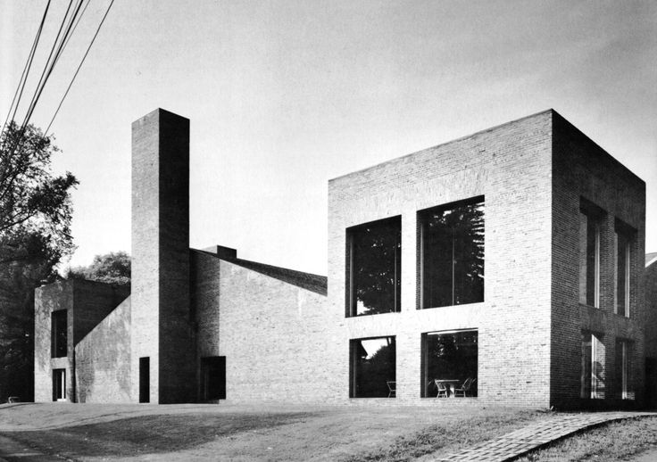 Dining Hall, Phillips Exeter Academy, Exeter, New Hampshire, 1967-72  (Louis I. Kahn)Louis Kahn, Exeter Academy, Academy Dining, Phillip Exeter, Kahn Phillip, North Facades, Exeter Dining Hall, New Hampshire, Architecture Classic