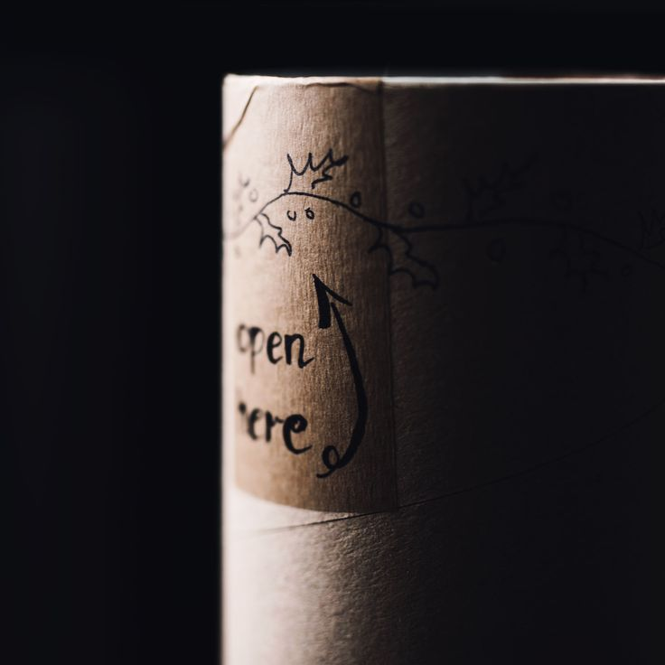 Packaging for WeArePL - Polish slow fashion brand. Inside: 100% the finest Italian cashmere yarn. Outside: ecological, simple and fully personalized kraft tube. Hand lettering included!