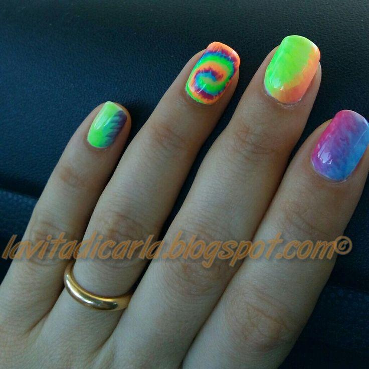 Fluo summer nail art