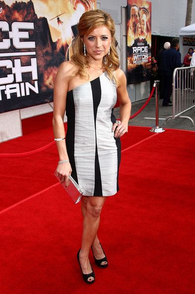 "Christine Lakin Photos Photos - Actress Christine Lakin arrives at the premiere of Walt Disney Pictures' ""Race to Witch Mountain"" held at the El Capitan Theater on March 11, 2009 in Hollywood, California. - Premiere Of Walt Disney Pictures' ""Race To Witch Mountain"" - Arrivals"