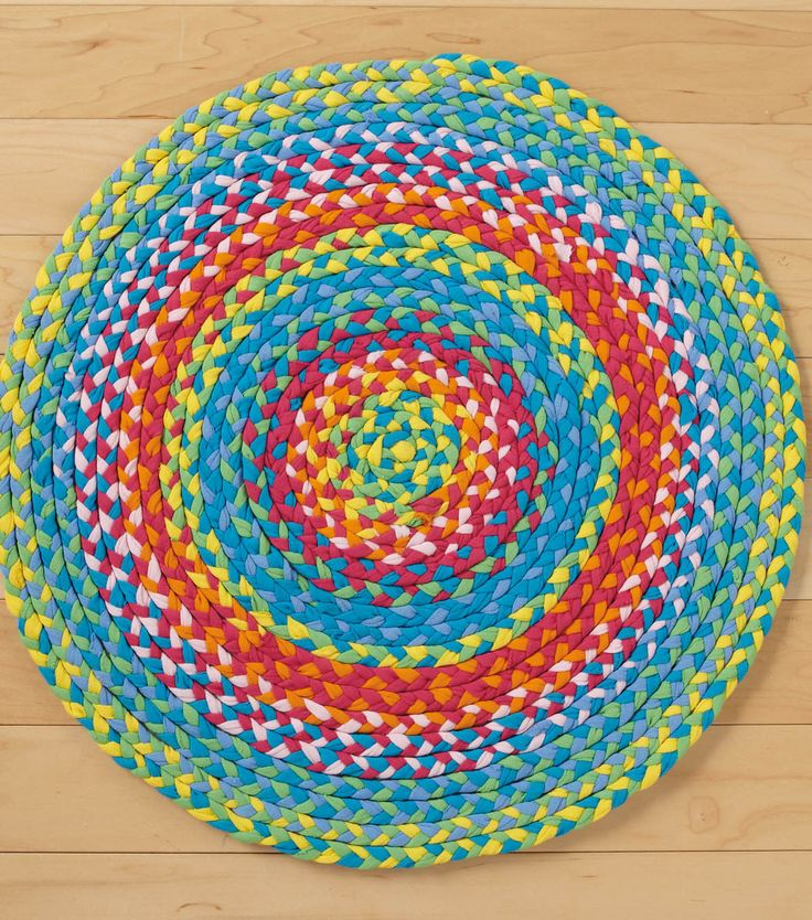 T shirt rug at braided rugs pinterest for How to make rugs out of old t shirts