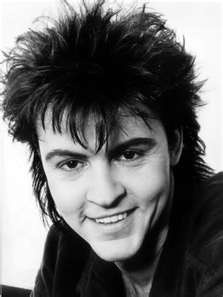 I saw Paul Young in 1987 - A few rows back from the front, right in the middle of the stage!