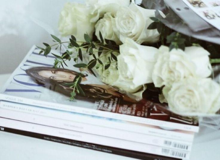 El ramo de rosas blancas de @funfairmood <3