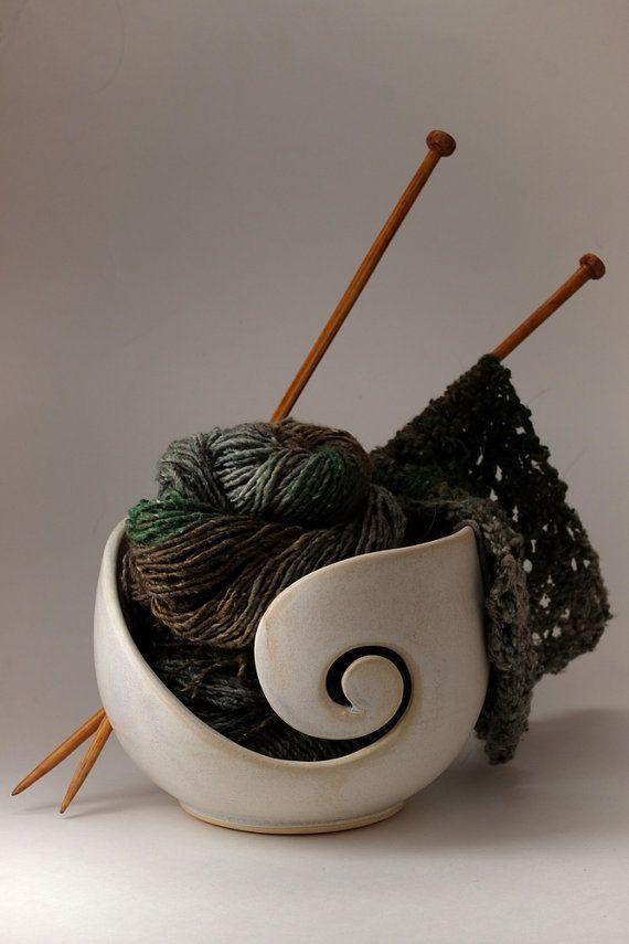 Knitting Bowl Yarn Bowl von StudioTerraFirma auf Etsy