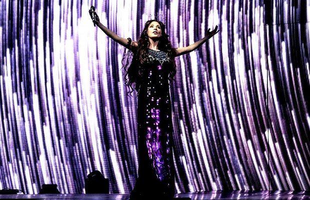 С над 70 музиканти на сцената, SARAH ще изпълни най-големите си хитове на 4 езика SARAH BRIGHTMAN пристига в България с екип от 25 човека, сред които бенд и тенор. Така, заедно с Симфоничния оркестър на БНР, на сцената на 12 ноември ще има повече от 70 музиканти. Певицата е известна с разнообразния си репертоар, …