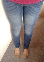 Dámské elastické džíny úzkého střihu