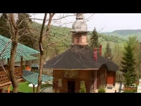 Mănăstirea Sihla se află la 8 kilometri de Mănăstirea Sihăstria, la 1000 m altitudine, într-o zonă stâncoasă. În apropierea de mănăstire se află peștera în care - în secolul al XVII-lea - a trăit Cuvioasa Teodora, fiica lui Joldea Armașu de la Cetatea Neamțului, cea care va fi cunoscută în lumea ortodoxă drept Sfânta Teodora de la Sihla.