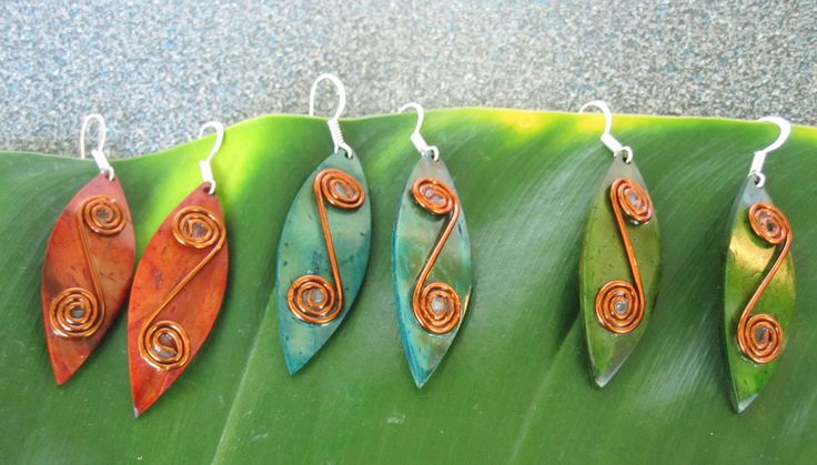 Accessories : Small Diamond Shped Earrings with Copper