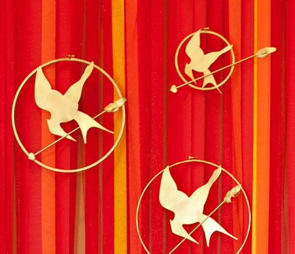 FESTA INFANTIL JOGOS VORAZES {HAPPY HUNGER GAMES} Com o último filme da franquia Jogos Vorazes em cartaz nos cinemas, nada melhor do que uma festa incrível inspirada na série, cheia de pequenos detalhes que encantam pela criatividade…  Fotos: Sonny Sbranti |Blog HWTM