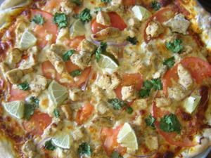 Chicken Tikka Pizza -- a great fusion food; pizza with an Indian twist.