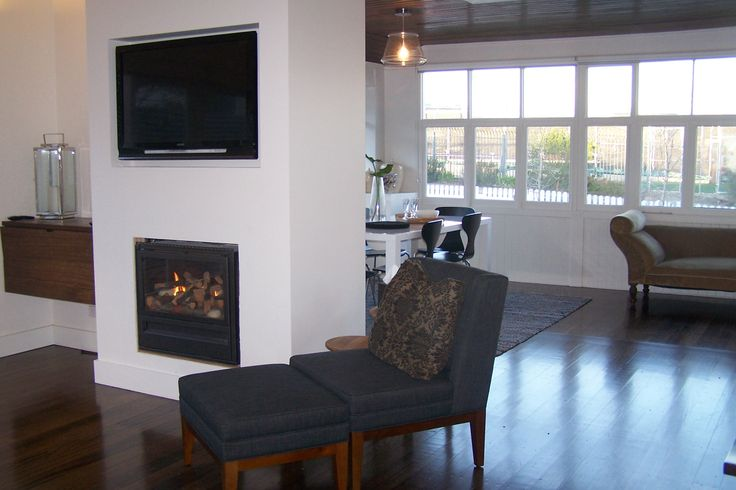 Gas log fireplace in the Living Room
