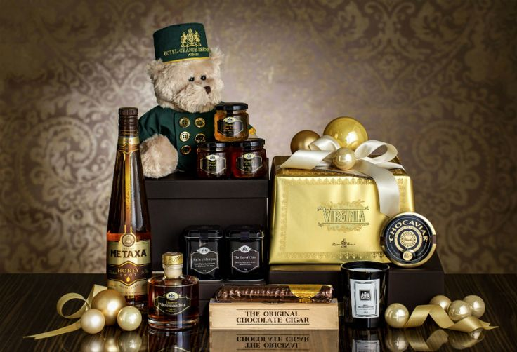 Christmas Hampers by Hotel Grande Bretagne, Athens - Gift your friends, family or business partners exceptional products of high quality. Explore the e-brochure http://issuu.com/grandebretagne/docs/christmas-hampers