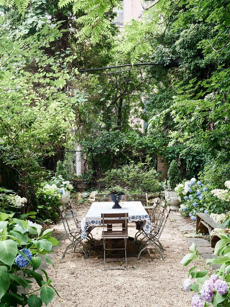 Secret garden dining room.