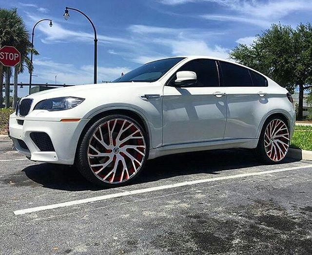 "BMW X6 x 26"" Forgiato's  What color combo would you ride?  Follow @pun_intended_news   By @forgiato | #punintendednews  #bmw #bmw #bmwi8 #bm #bmwm3 #bmw #forgiato #rims #white #astinmartin #audi #porsche #MercedesBenz #bentley #massarati #coupe #drop #suv #supreme #coca #cocaine #white"