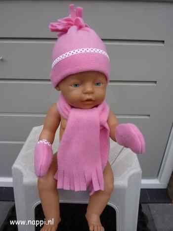 BabyBorn 43cm: Hoofddeksels, sjaals en wanten | Nappi.nl aangepast patroon Christel Dekker