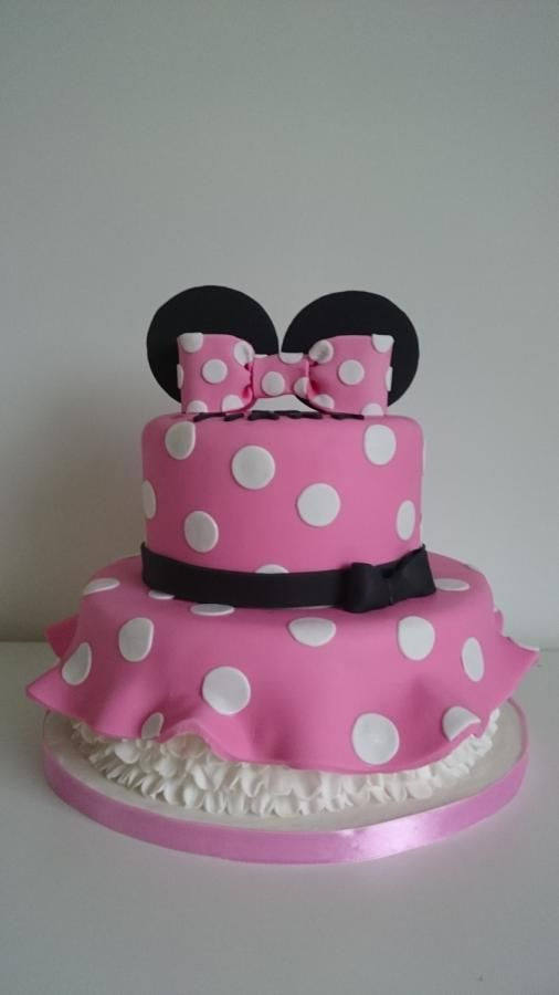 Minnie Mouse dress cake - Cake by Miky1983