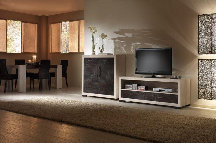 Porta tv e mobile con ante finitura in listelli di for Arredamenti loft