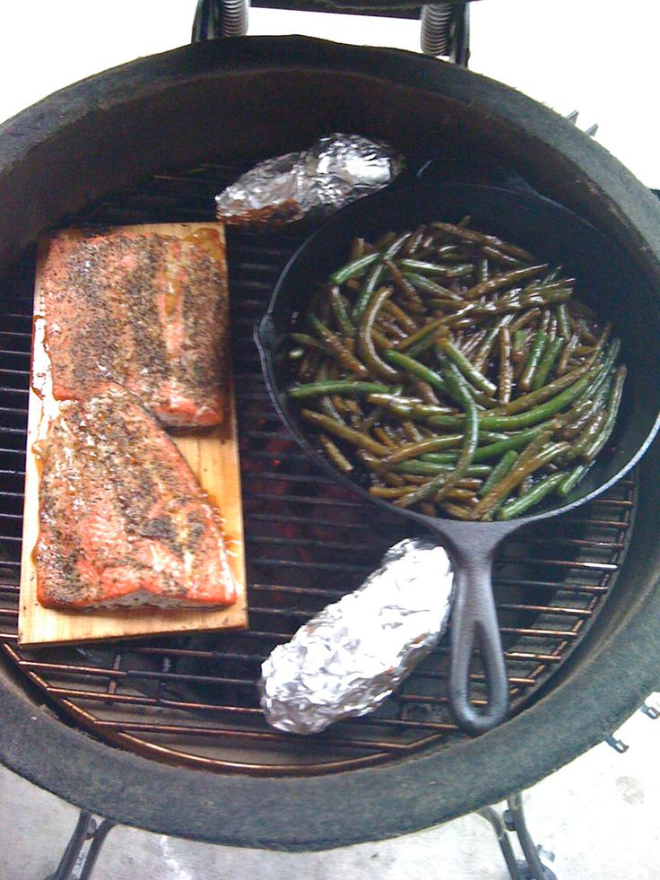 Kamado Joe - Soy cedar planked salmon