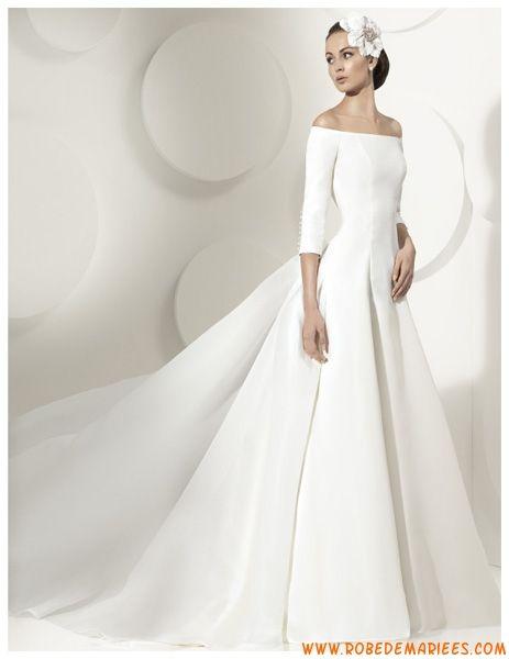 Robe de mariée princesse avec manches longue traîne