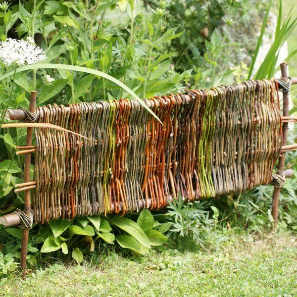 beetabgrenzung weide pinterest willow weaving. Black Bedroom Furniture Sets. Home Design Ideas