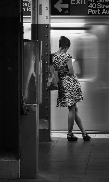 Black and white street photography | Lifestyle photo | New York Subway,Photo: Dieter Krehbiel