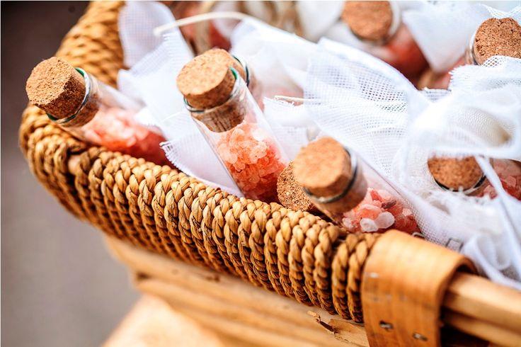 Μπομπονιέρες με μπαχαρικά από το Deli Cargo