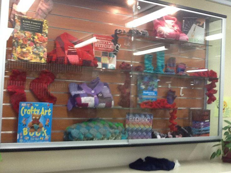 Knitting display