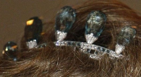tiara Aquamarine propriedade da realeza holandesa por Kathy